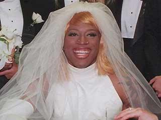 dennis rodman in wedding dress 6