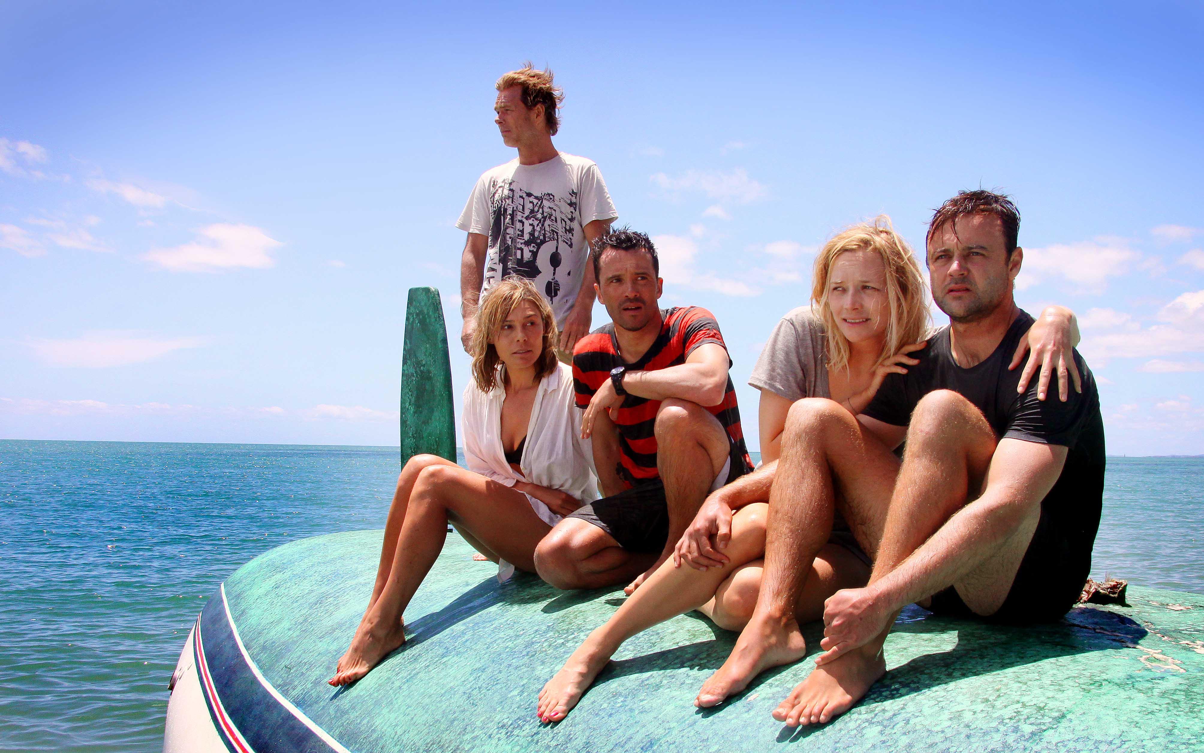 ผลการค้นหารูปภาพสำหรับ The Reef (2010)