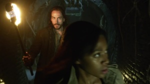 Sleepy_Hollow_S01E02_Blood_Moon_720p_KISSTHEMGOODBYE_NET_1700