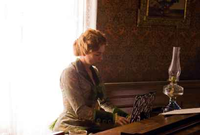 She can play the piano? She's a keeper. Source: http://bit.ly/1hu6pyV