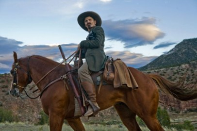 And it's got Viggo back on a horse. Anybody can get behind that. Source: http://bit.ly/1h4F164